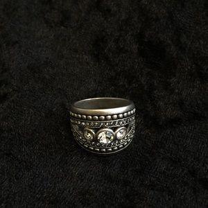 Premier Designs jewelry STATELY